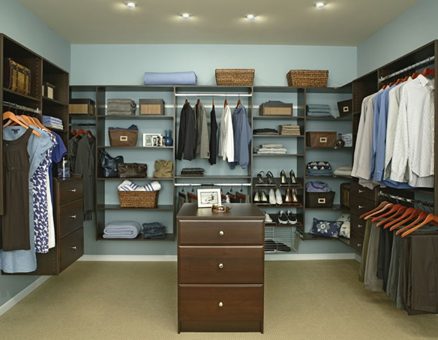 affordable walk in closet design photo - 7