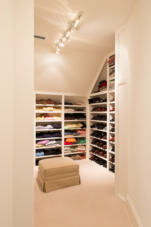 attic bedroom closet photo - 7