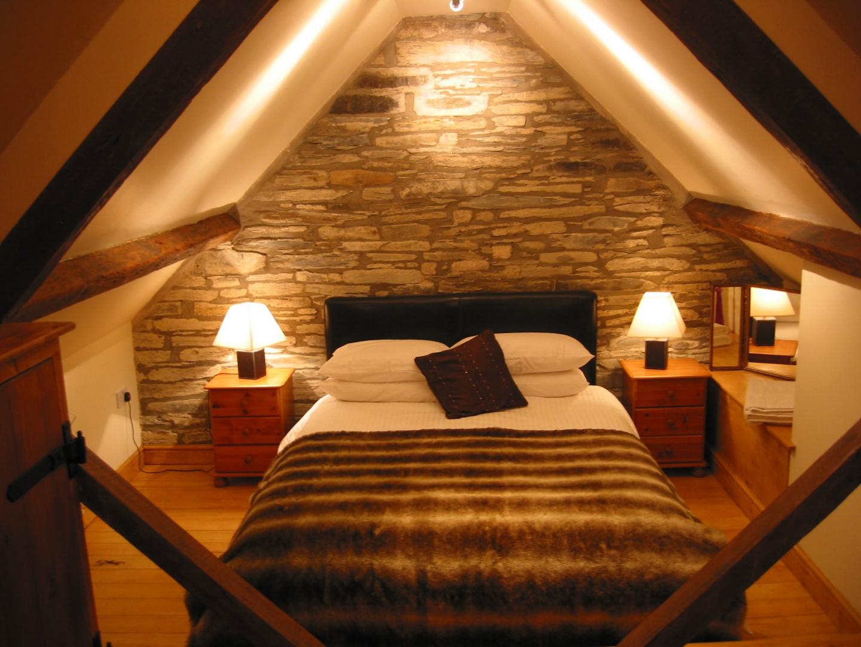 Attic Bedroom Interior Design Photo   2