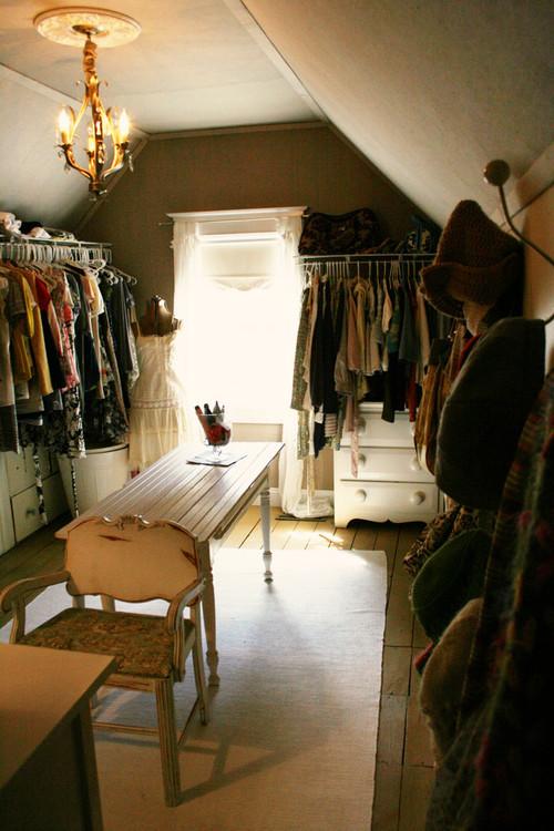 Attic walk in closet design & Attic walk in closet design | Hawk Haven