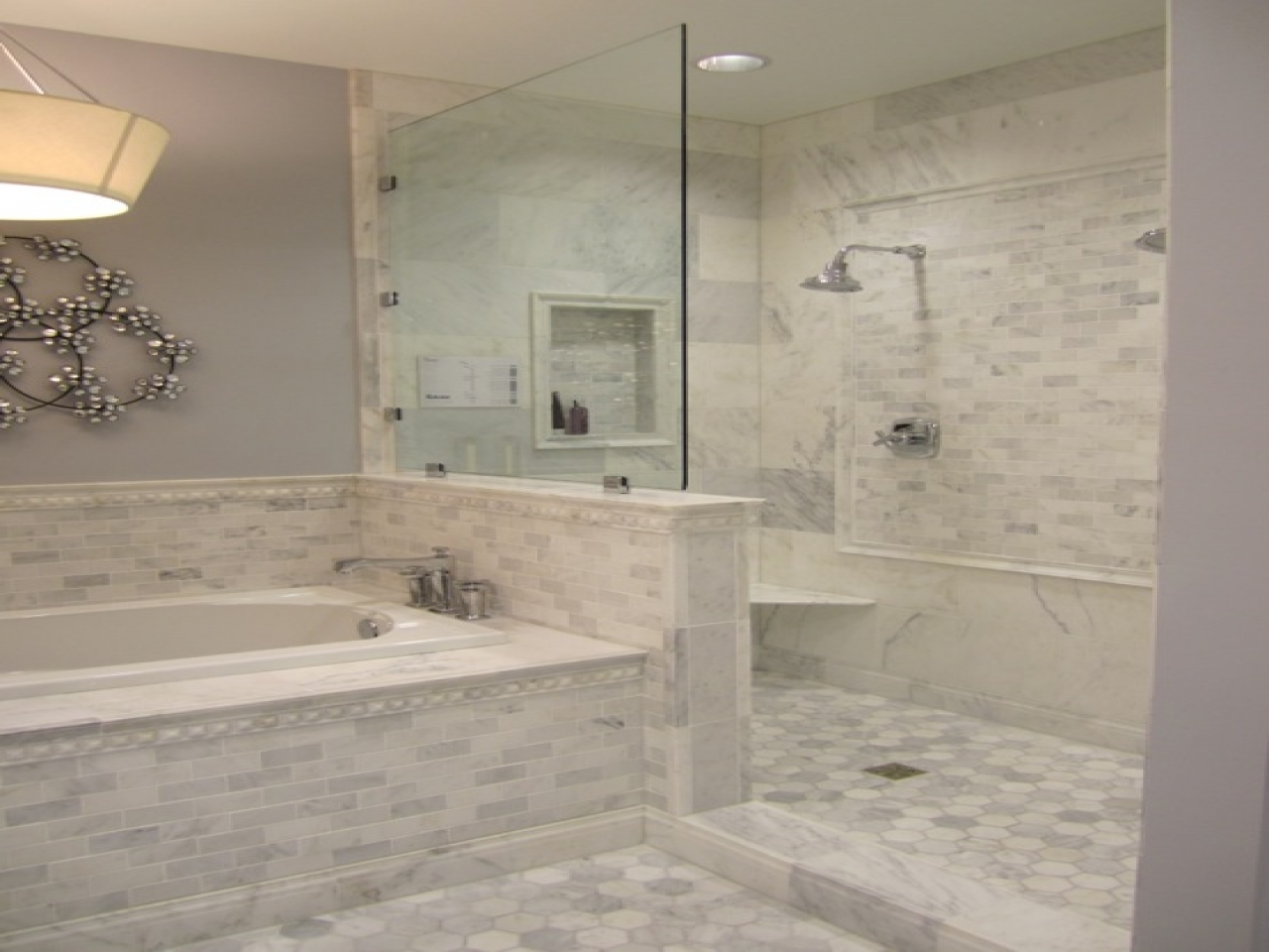bathroom designs with marble tiles photo - 4