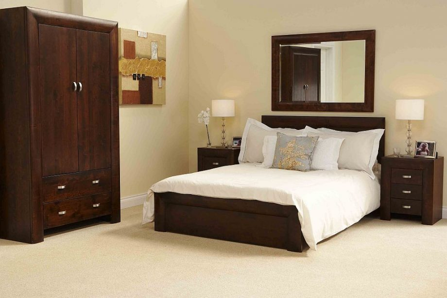 bedroom designs with brown furniture photo - 8