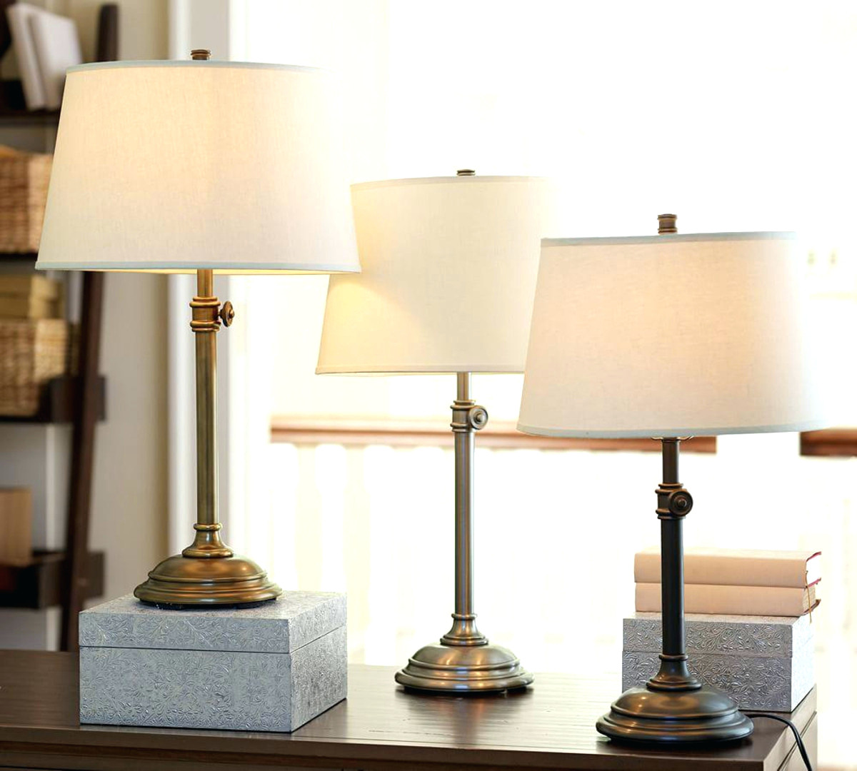 bedroom desk lamp photo - 10