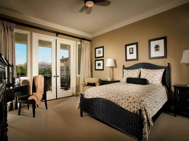 bedroom furniture arrangement ideas photo - 2