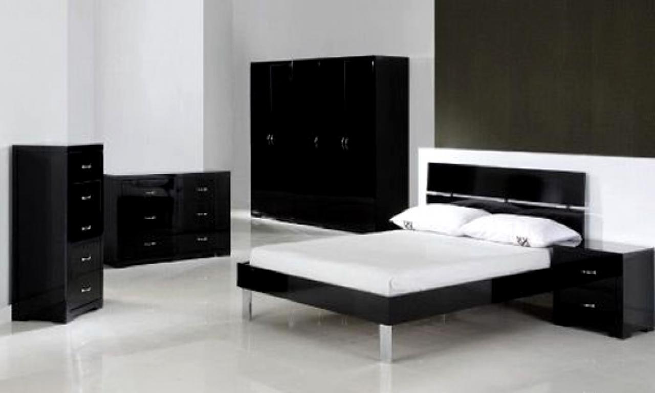 bedroom furniture black white photo - 5
