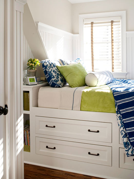 bedroom furniture ideas for small spaces photo - 6