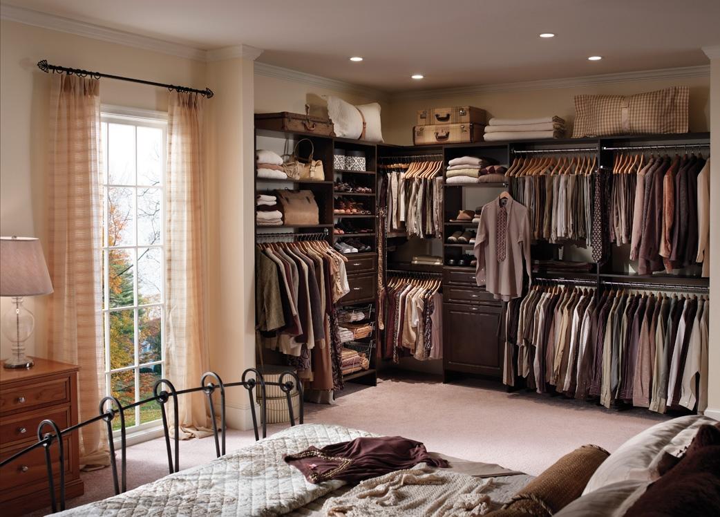 bedroom walk in closet design photo - 5