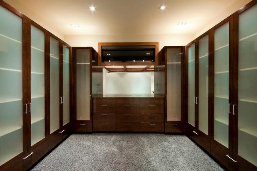 bedroom walk in closet design photo - 7