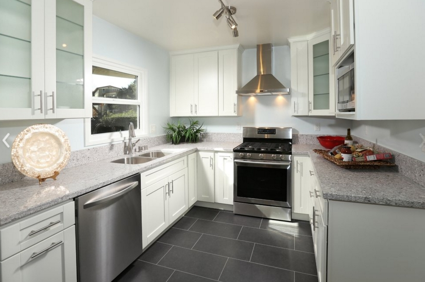 best colour shade for kitchen photo - 6