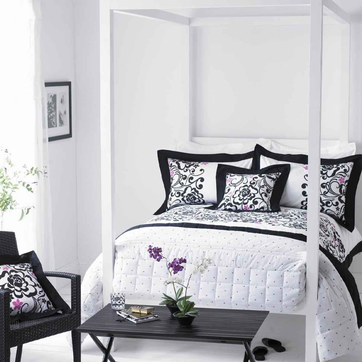 black and gray bedroom design photo - 8