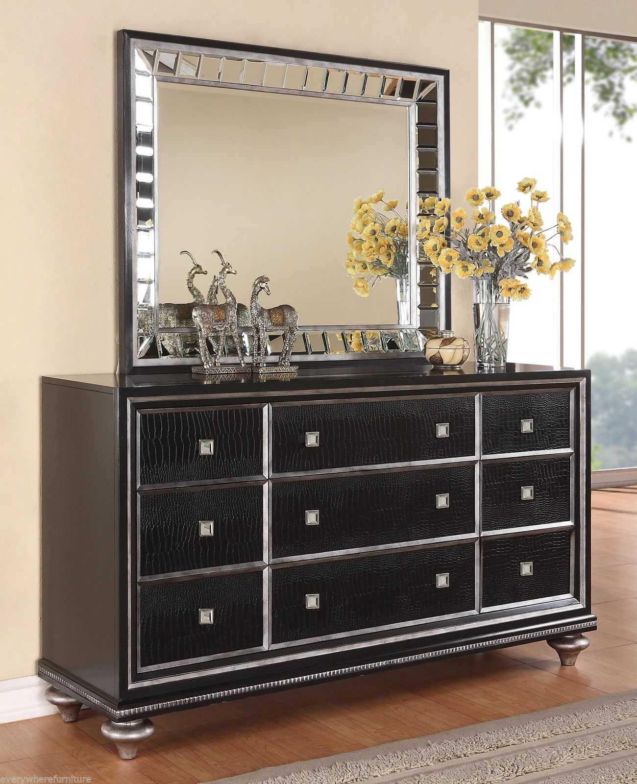 black and mirrored bedroom furniture photo - 8