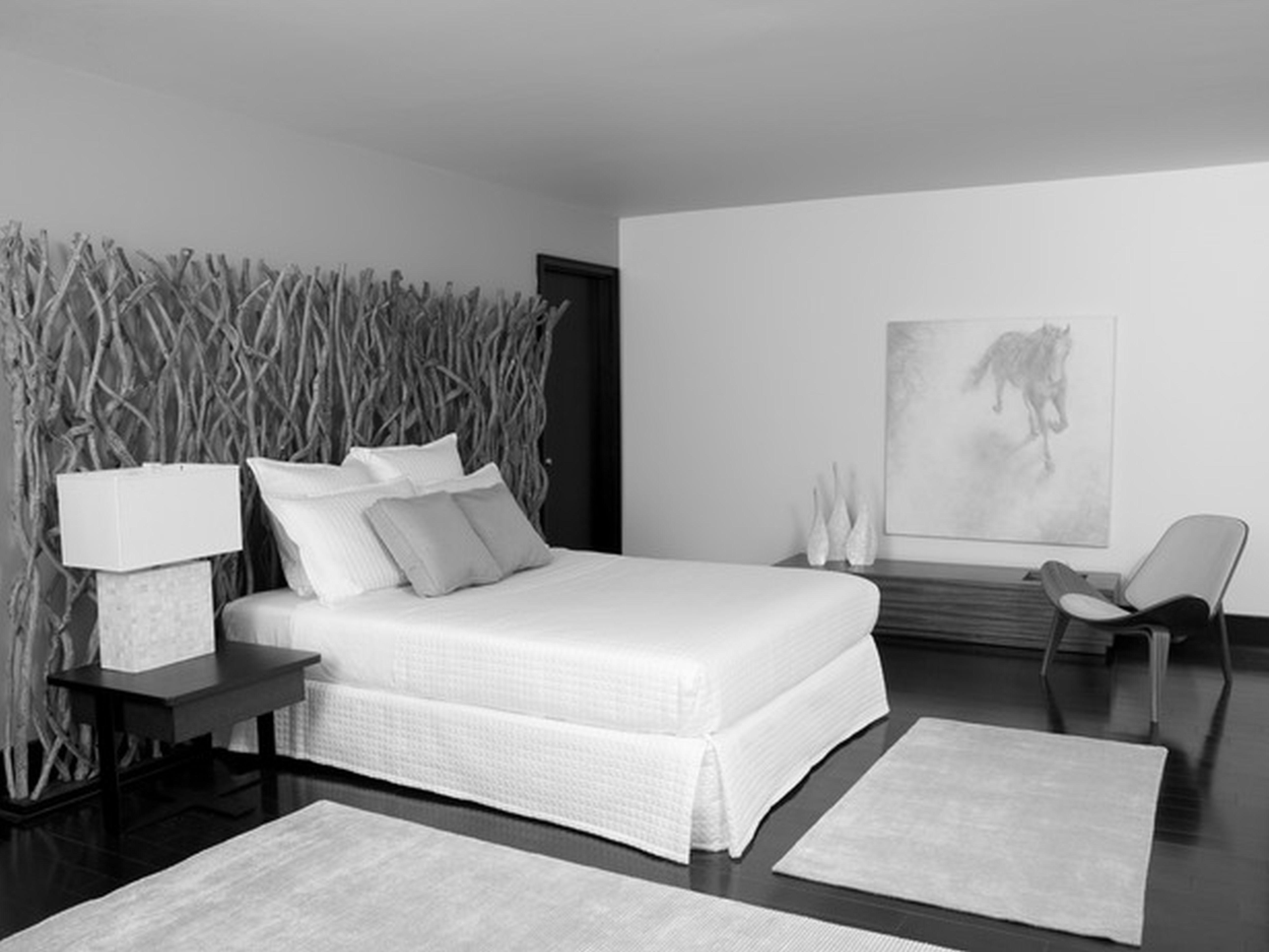 Black Grey Bedroom Decorating Ideas Photo   7