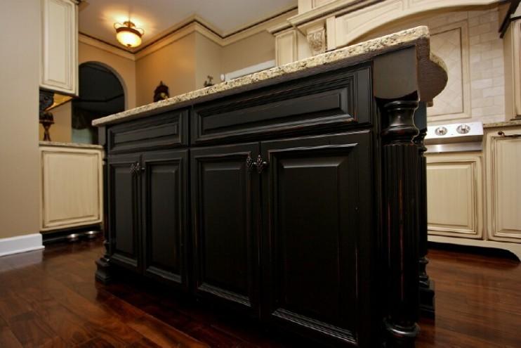 black kitchen cabinets photo - 5