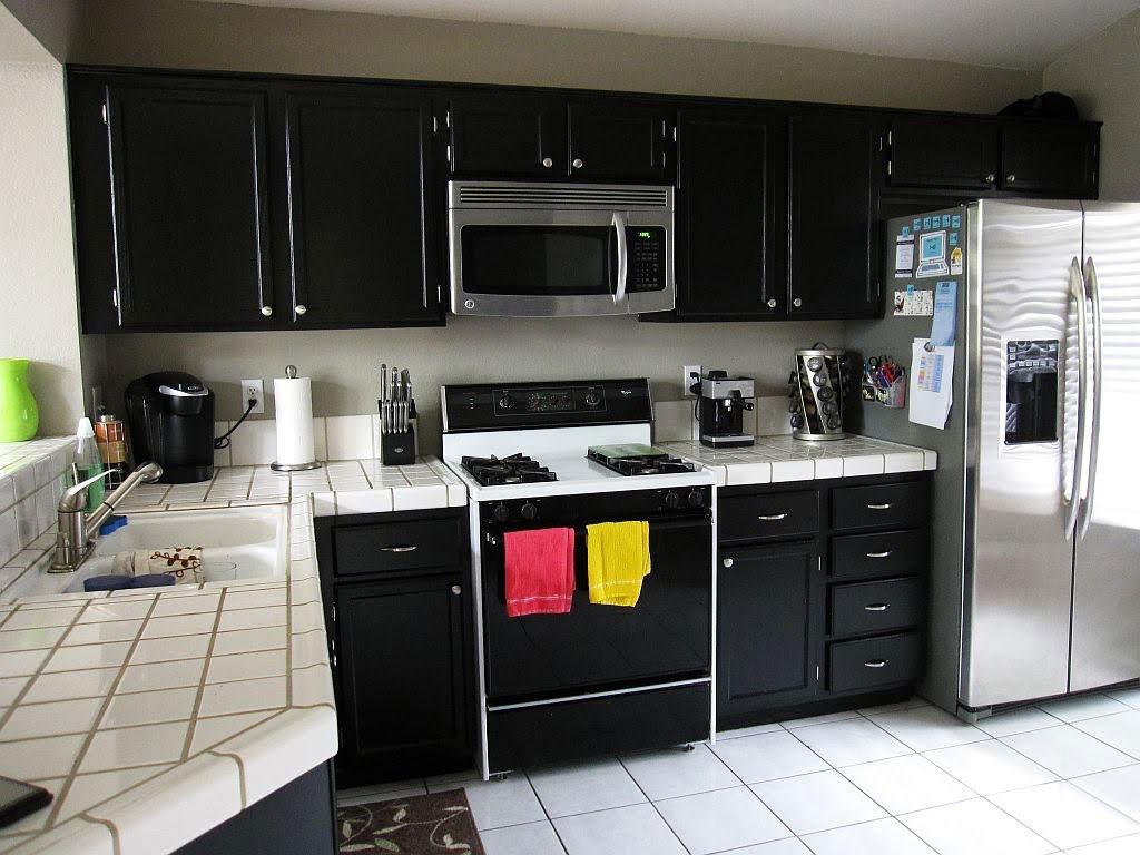 black kitchen cabinets photo - 6