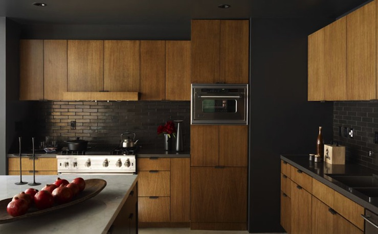 Black kitchen cabinets and wall color | Hawk Haven