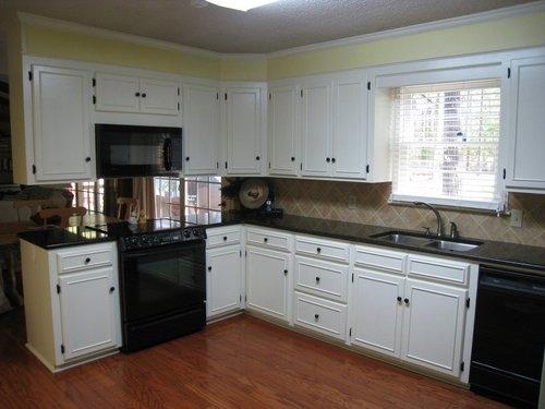 black kitchen cabinets knobs photo - 9