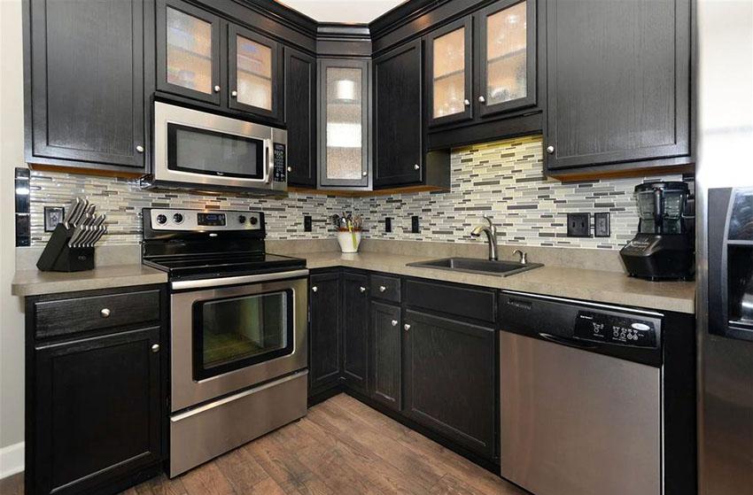 black kitchen cabinets small kitchen photo - 10