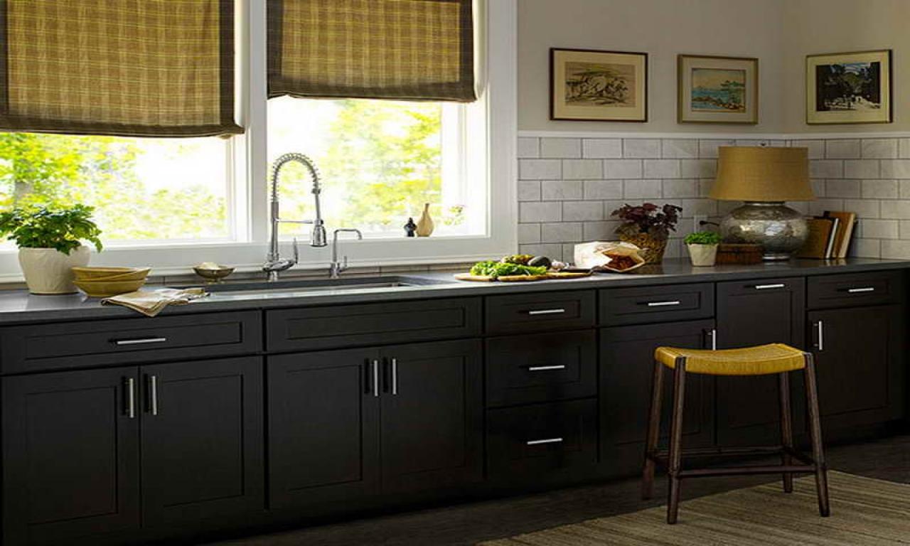 black kitchen cabinets small kitchen photo - 4
