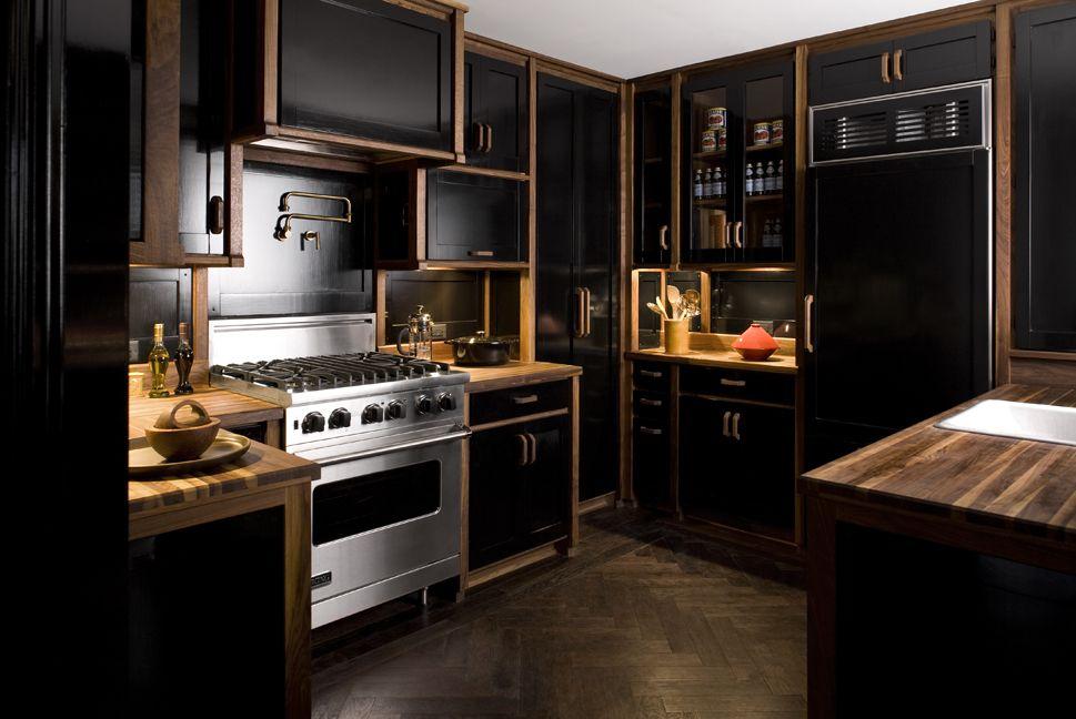 black kitchen cabinets with dark floors photo - 3