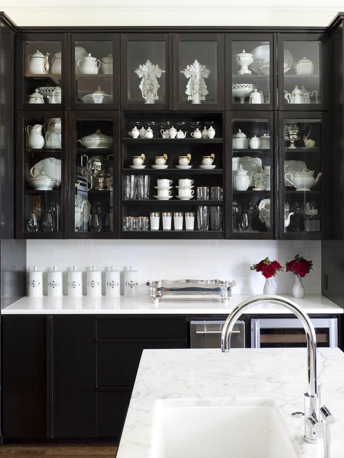 black kitchen cabinets with glass doors photo - 2