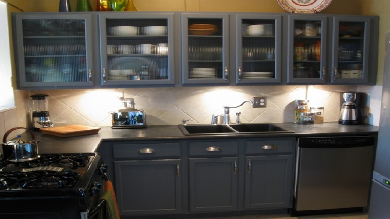black kitchen cabinets with glass inserts photo - 4