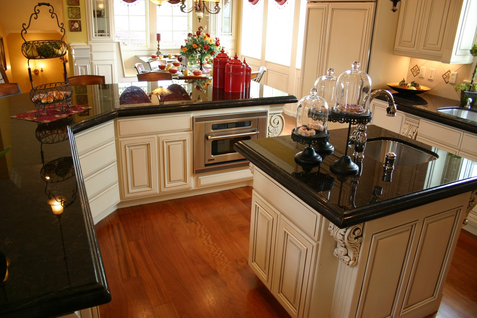 black kitchen cabinets with granite photo - 4