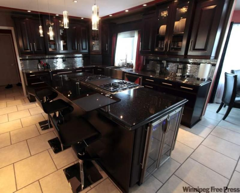 black kitchen cabinets with granite photo - 8