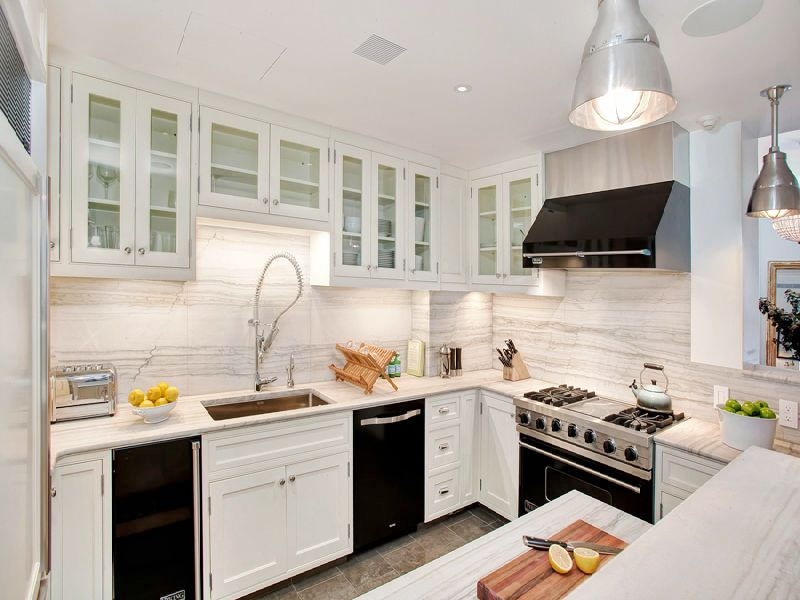 Black Kitchen Cabinets With White Appliances Photo 3