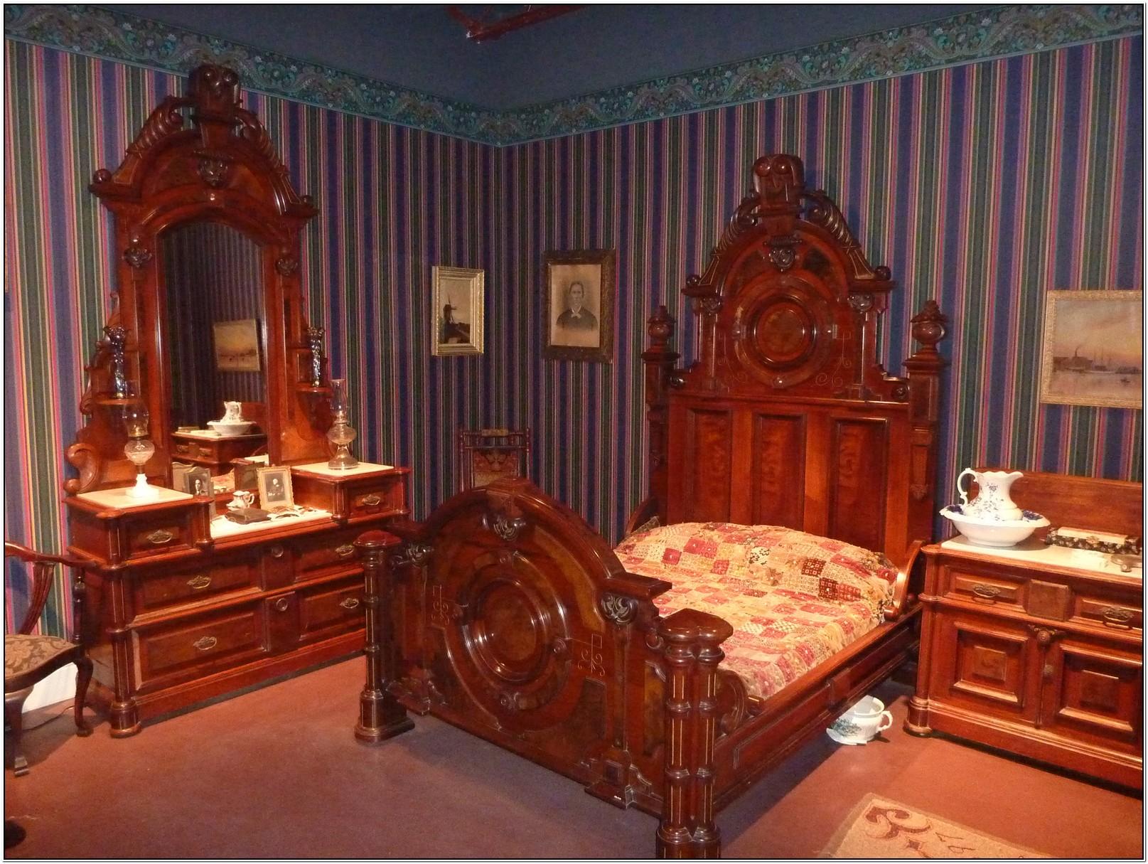 black victorian bedroom furniture photo - 4