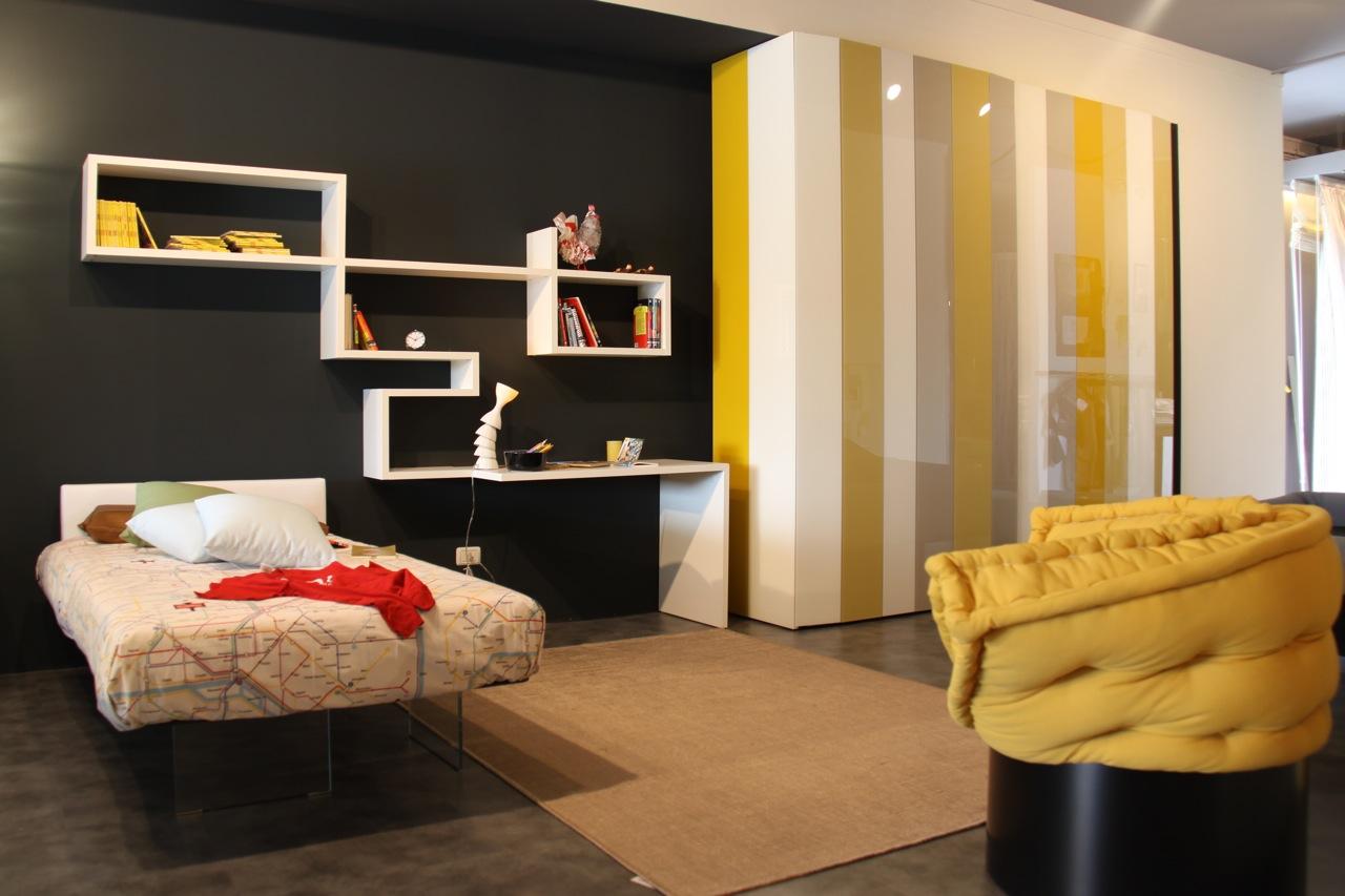 black yellow bedroom design photo - 2