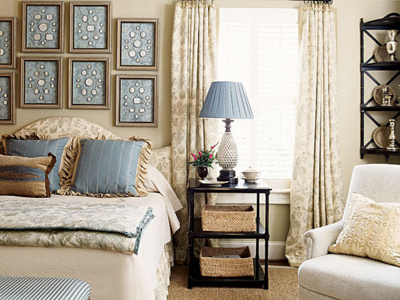 blue and white bedroom decor photo - 4