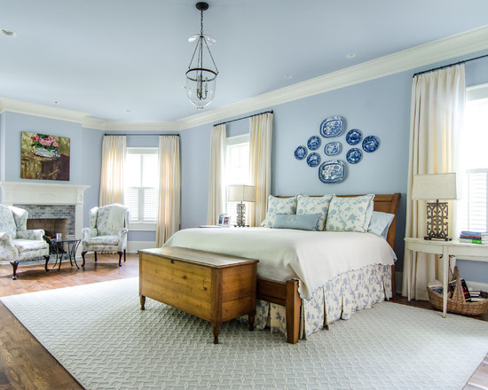 blue and white bedroom decor photo - 9