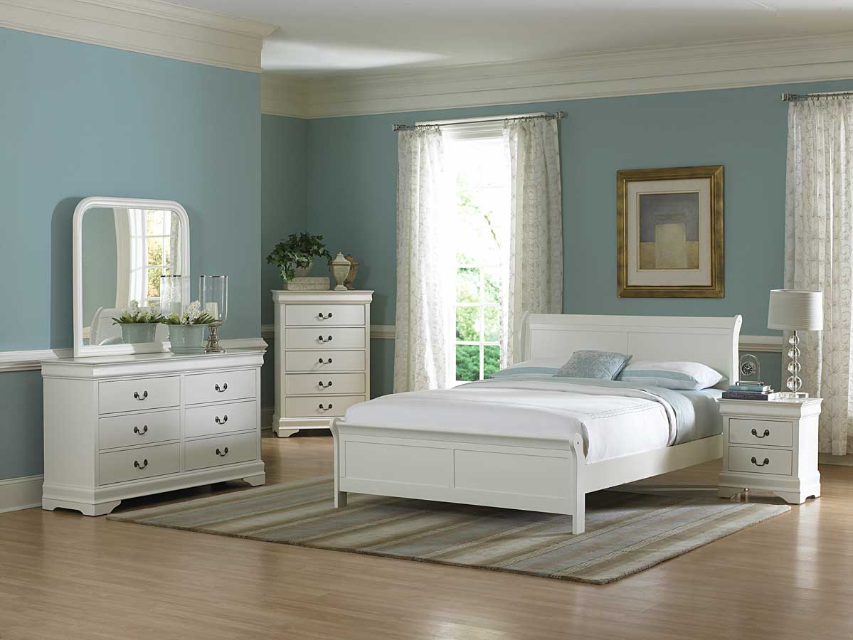 blue and white bedroom furniture photo - 1