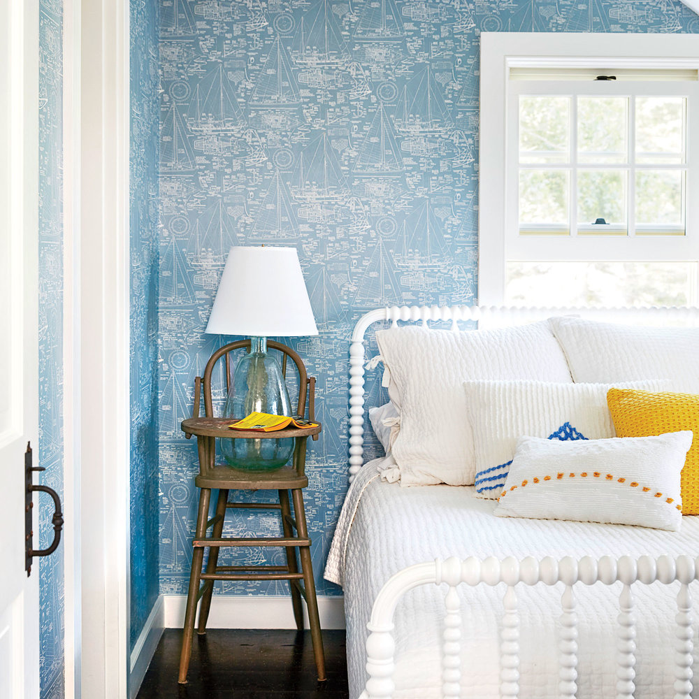 blue and white coastal bedrooms photo - 10