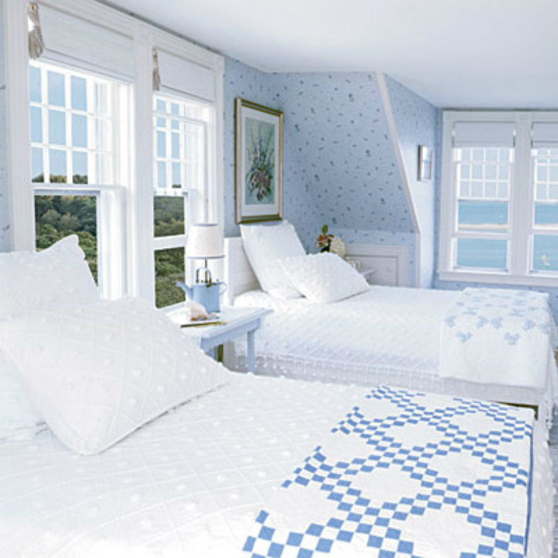 blue and white coastal bedrooms photo - 2
