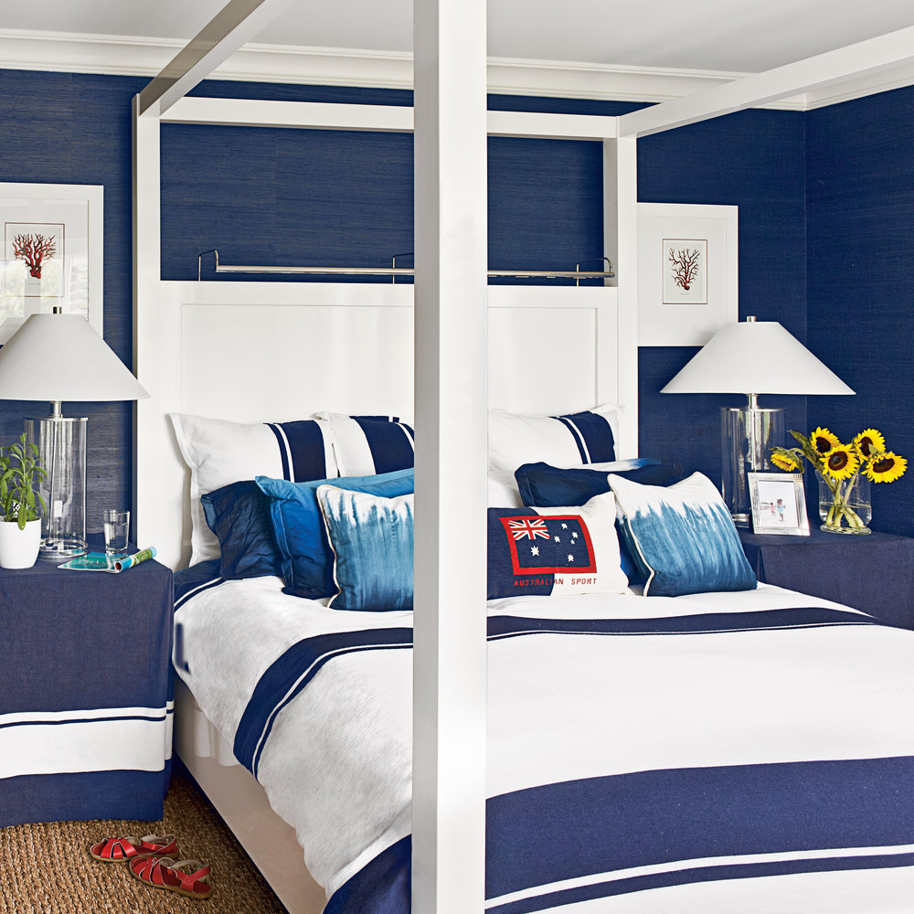 blue and white coastal bedrooms photo - 8