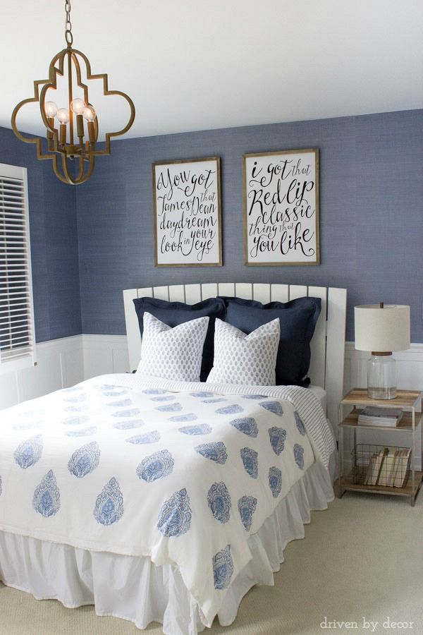 blue and white coastal bedrooms photo - 9