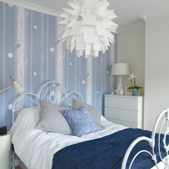 blue and white contemporary bedroom design photo - 5