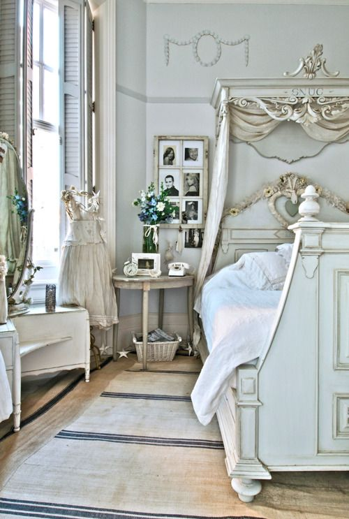 blue and white french country bedroom photo - 8