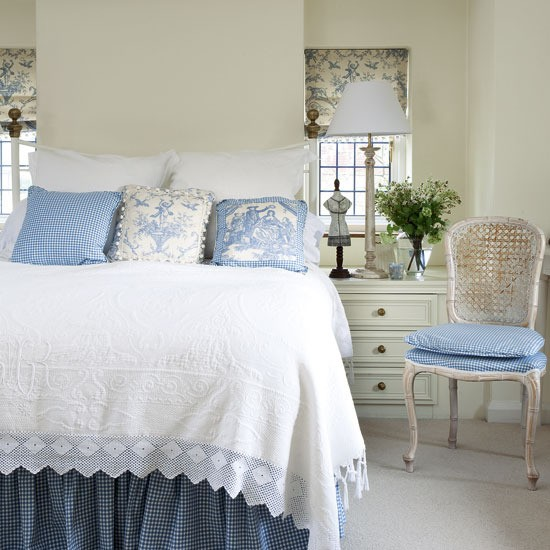 blue and white french country bedroom photo - 9