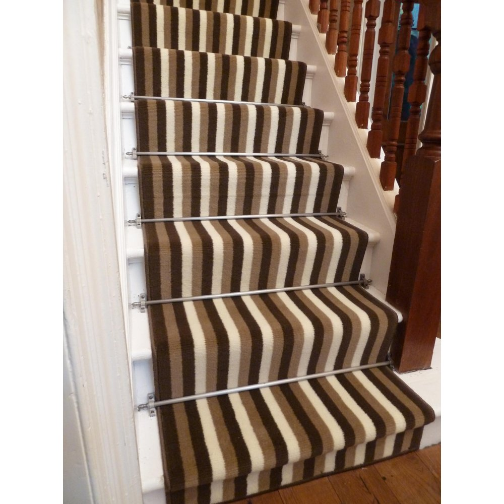 brown carpet runner for stairs photo - 9