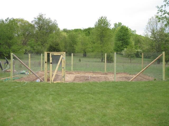 building a vegetable garden fence photo - 4