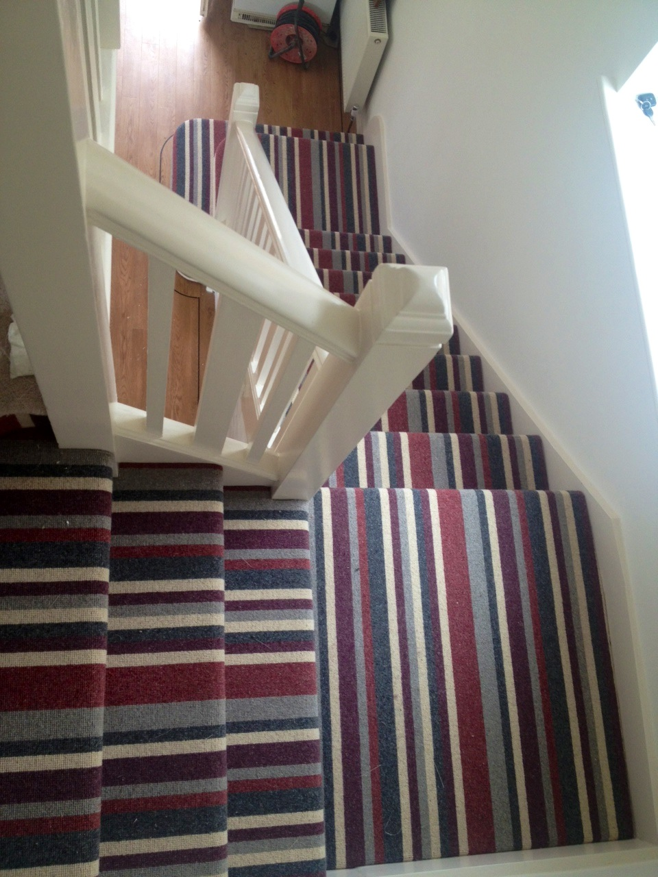 carpet runners for hall and stairs photo - 2