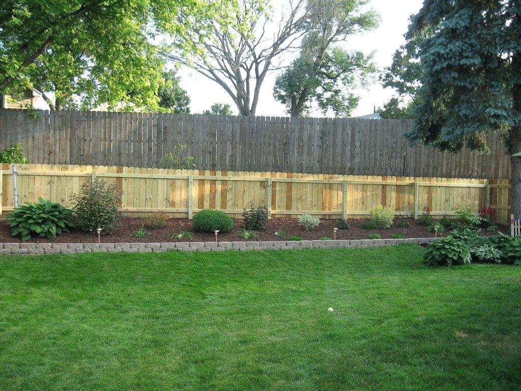 cheap vegetable garden fence ideas photo - 10