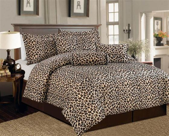 cheetah print bedroom photo - 2