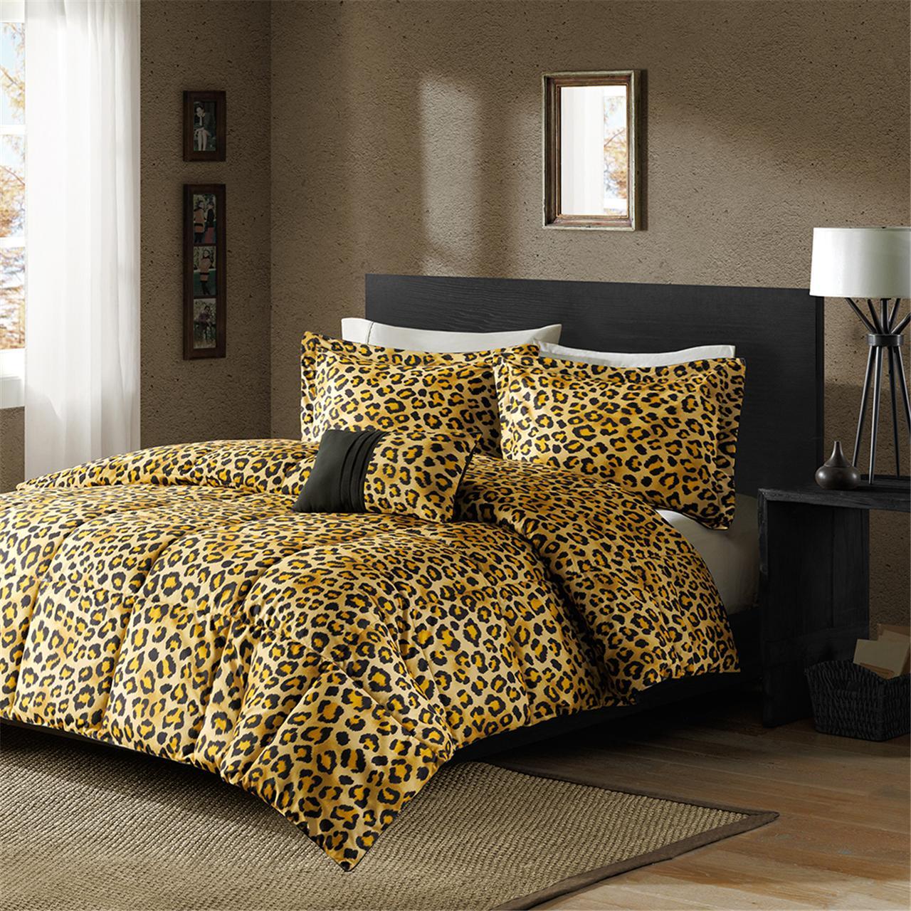 cheetah print bedroom photo - 3