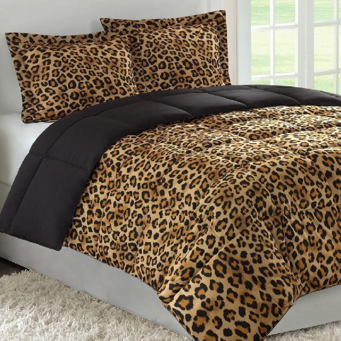 cheetah print bedroom photo - 7