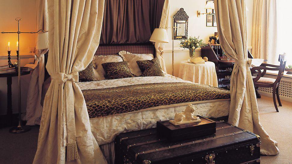 cheetah print bedroom curtains photo - 6