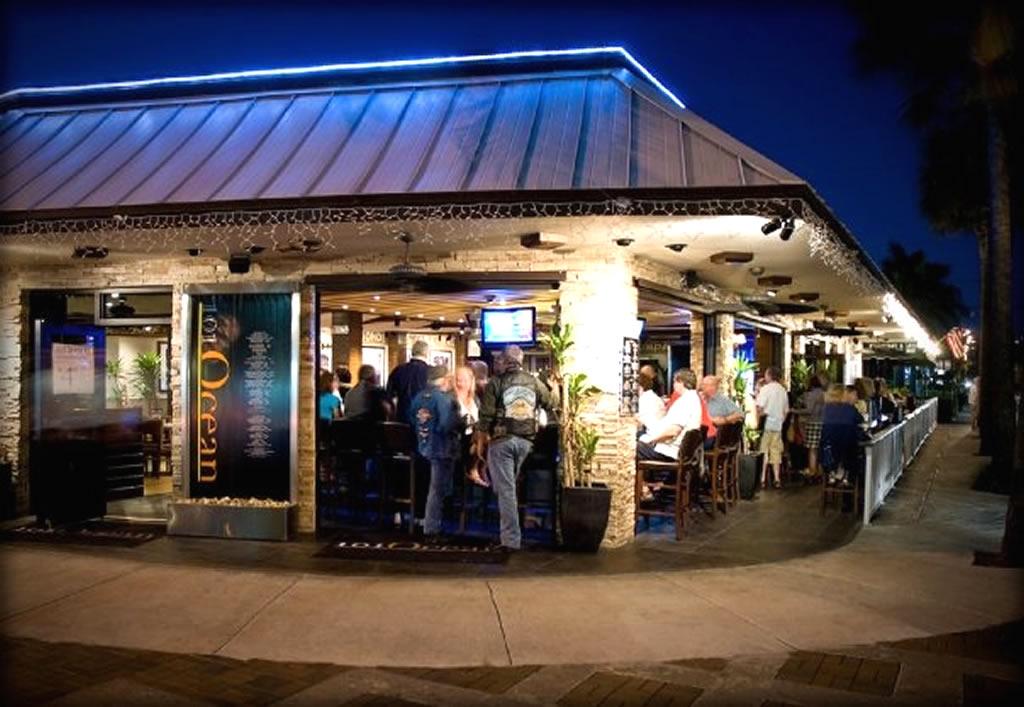 commercial outdoor bar designs photo - 6