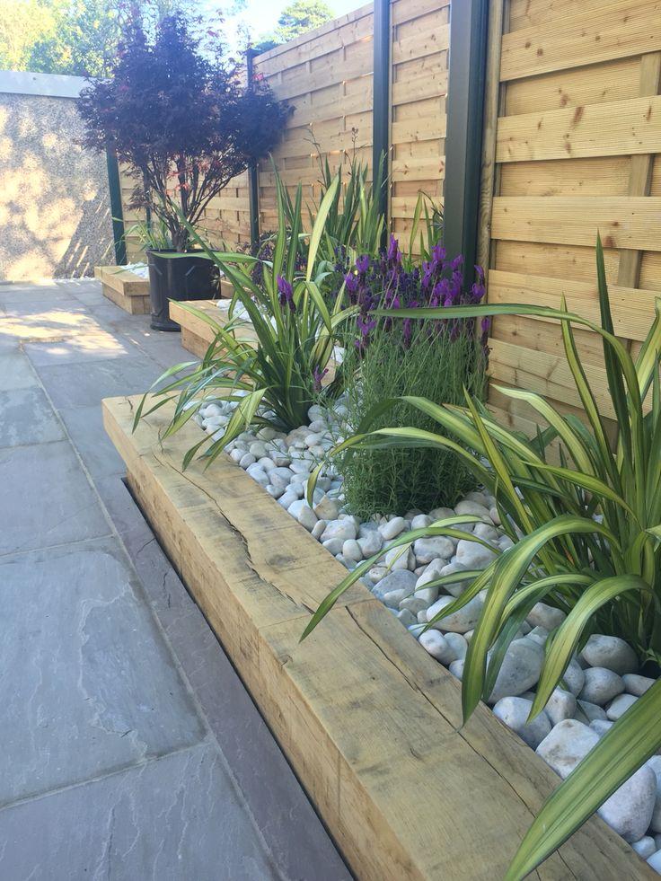 contemporary garden border ideas photo - 8